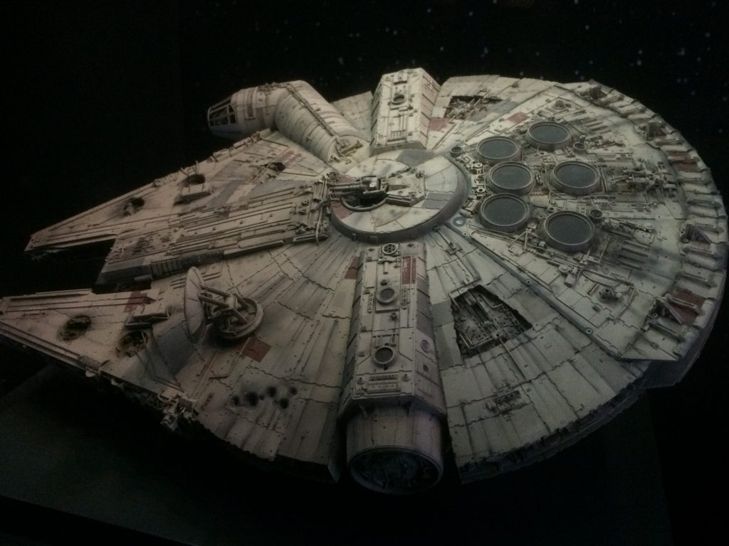 millennium falcon model from empire strikes back